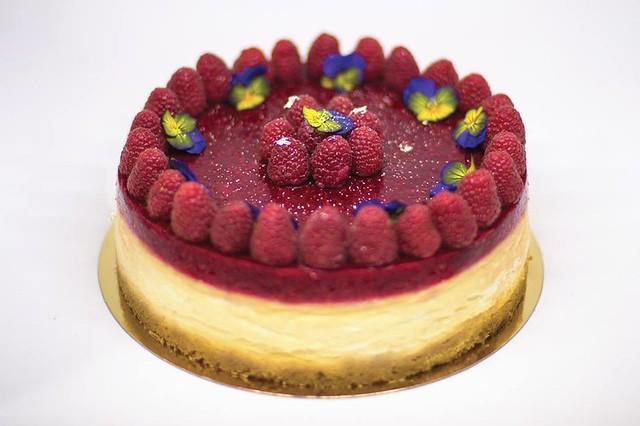 Cake by Five Cakes Paris