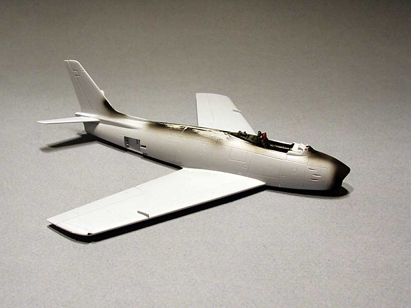 F-86 Sabre (Airfix 1/72) 44040576305_686bb65f0d_b