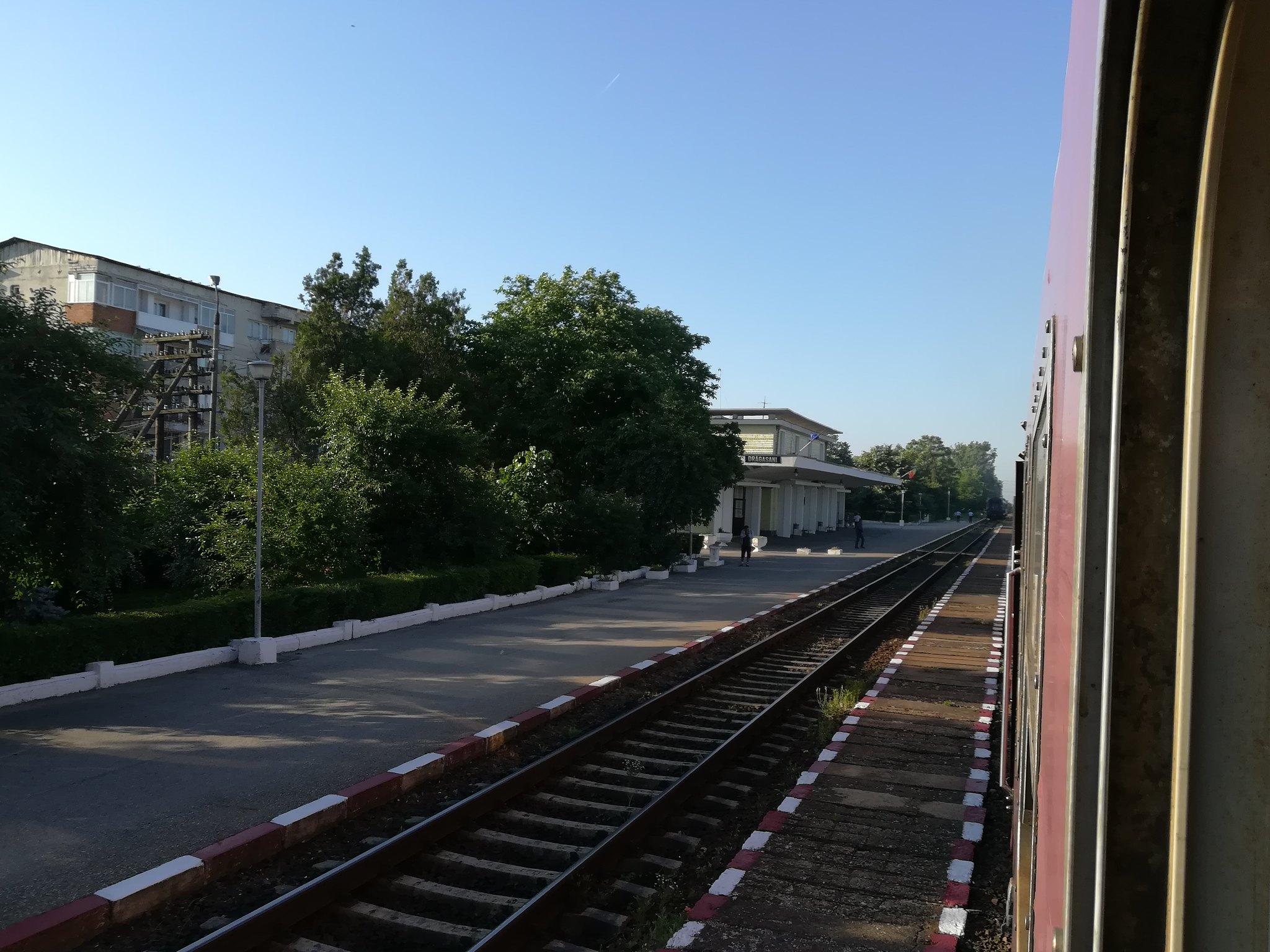 Reportaje feroviare Adirmvl - Pagina 15 44116412114_2d380c2ba0_k