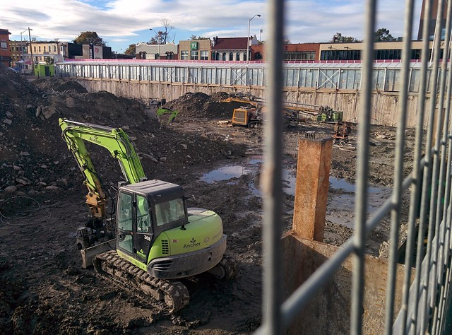 Looking into the pit at Honest Ed's #toronto #honesteds #mirvishvillage #pit #construction