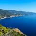 Zicht op de Cinque Terre kust: zoek de 3 zichtbare dorpjes
