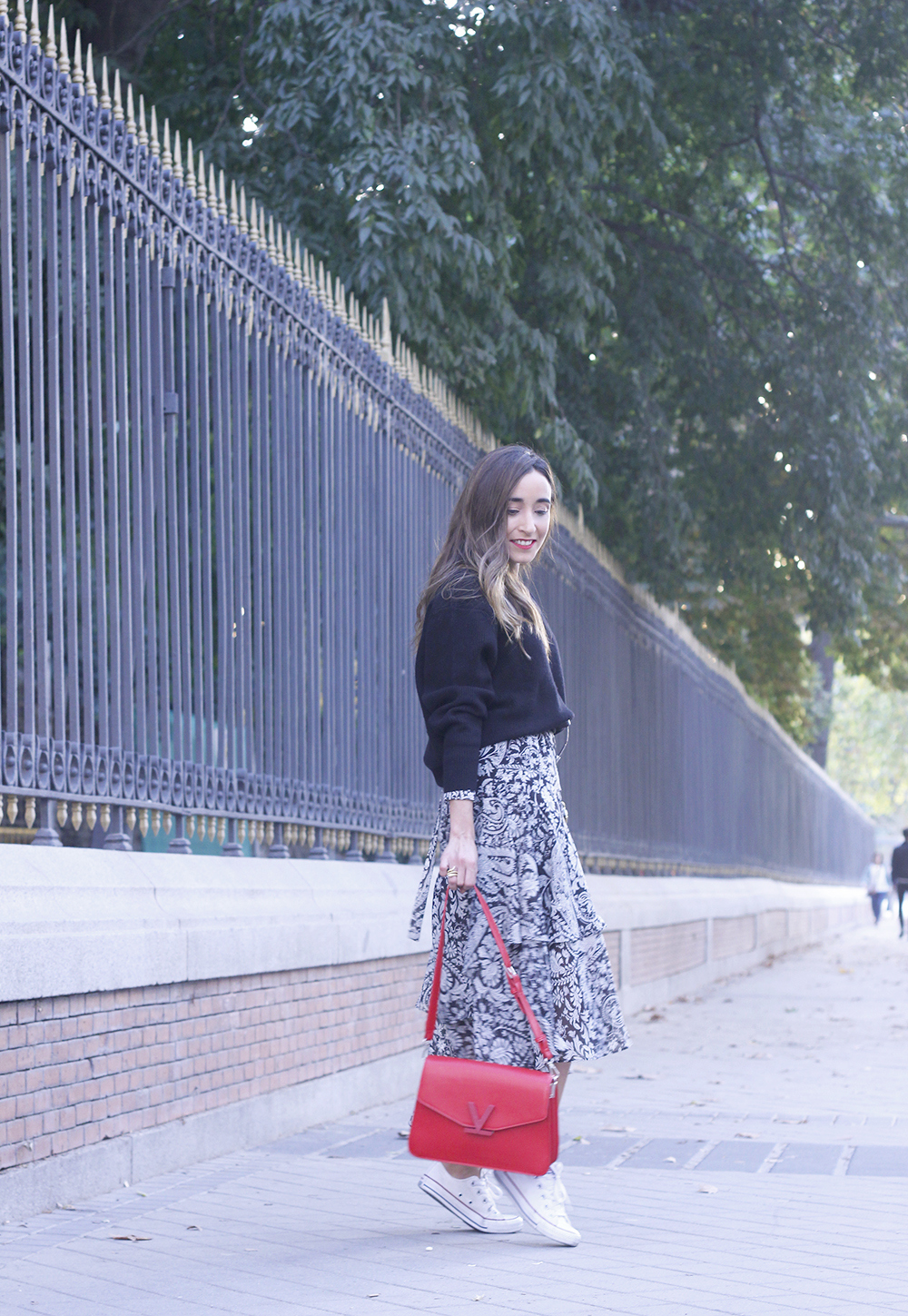 how to wear a midi dress with a sweater converse valentinobags street style casual outfit 20183294