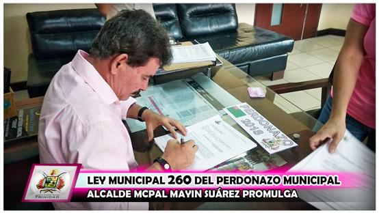 alcalde-mcpal-mayin-suarez-promulga-ley-municipal-n-260-del-perdonazo-municipal