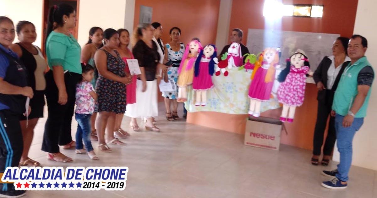 En Chibunga se clausuró taller de arreglos para el hogar
