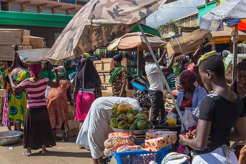 ghana kumasi fruit market people ashanti gh