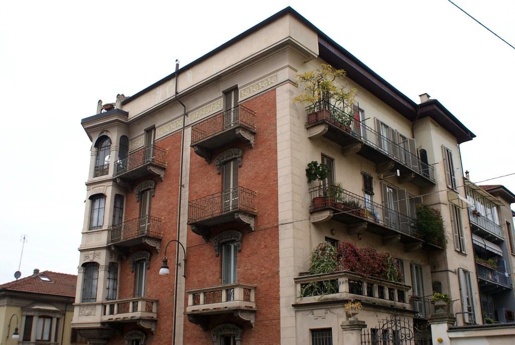 Immeuble art nouveau du quartier de Borgo Po à Turin.