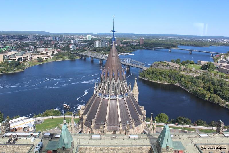 Ottawa Parliament Hill 42