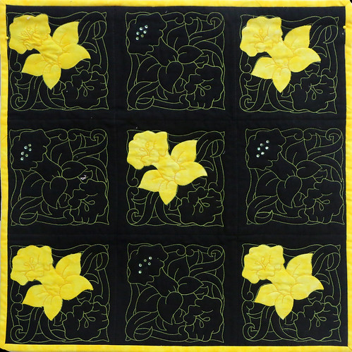 14: Daffodils - Evelyn Phillips