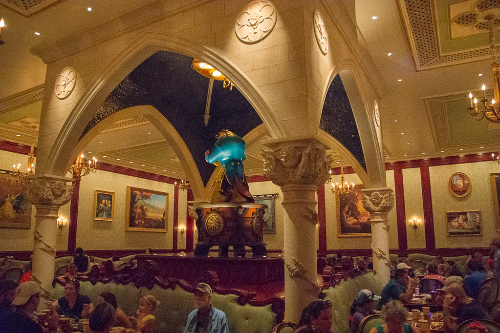 Dining room at Be our Guest