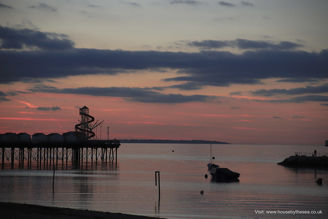 Herne Bay, Kent, 2018, Canon EOS 6D MARK II, Canon EF 28-90mm f/4-5.6