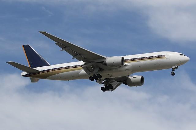 ZK-OKI Air New Zealand Boeing 777-212(ER)