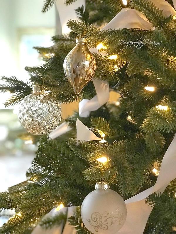 Ornaments-Housepitality Designs