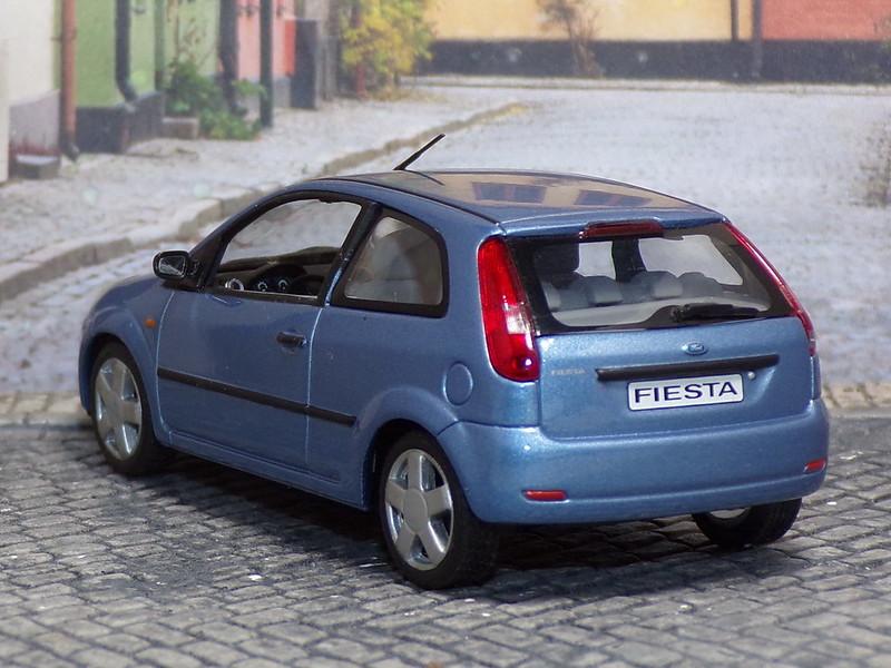 Ford Fiesta MKV - 2002 - Minichamps