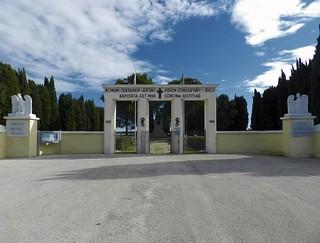 Cimitero polacco casamassima