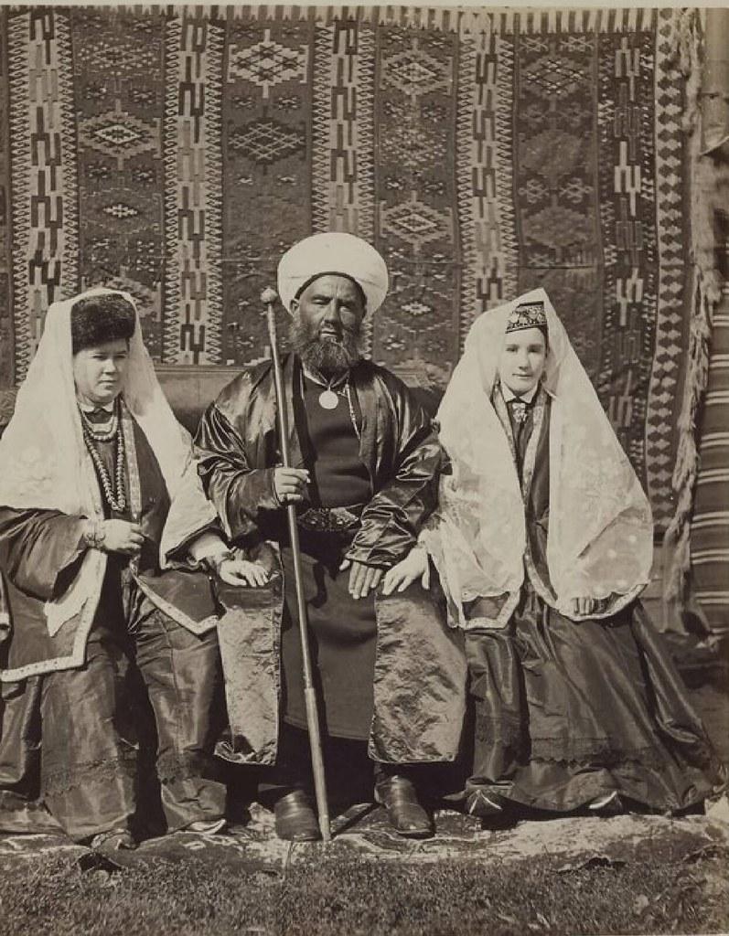 Казанская губерния. Мулла и его жены