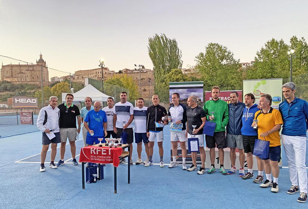 El Club de Tenis Cauria Subcampeón de Extremadura de Tenis Veteranos por equipos celebrado en Coria