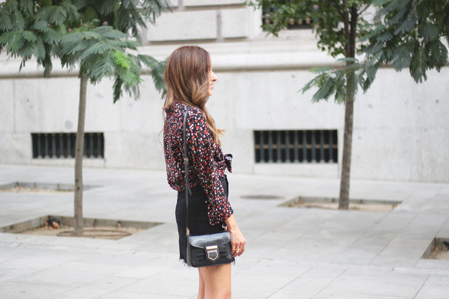 black flower shirt black denim skirt black heels givenchy bag autumn outfit street style 201811