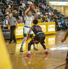 Basketball vs William Carey 11-5-18