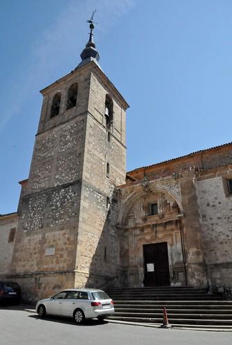 Jadraque (Guadalajara-España). Iglesia. Torre y portada