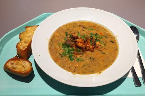 Leek mincemeat stew with sweet chestnuts / Lauch-Hackfleischeintopf mit Maronen