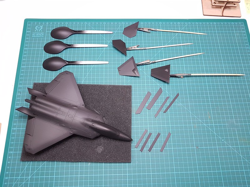 Academy 1/72 F-22A Air Dominance Fighter - Sida 5 31309085057_e6d23a06ae_c