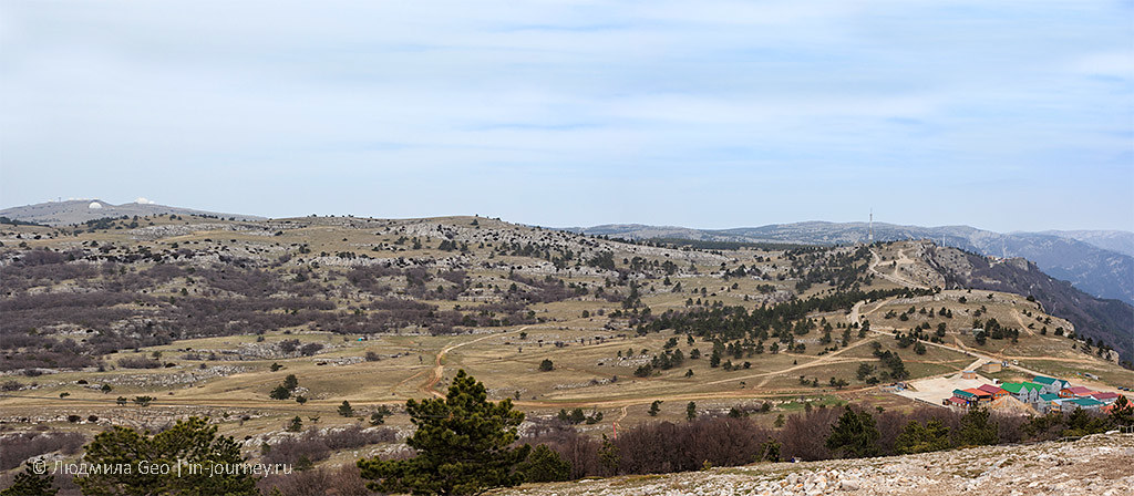 панорама долины на вершине Ай-Петри