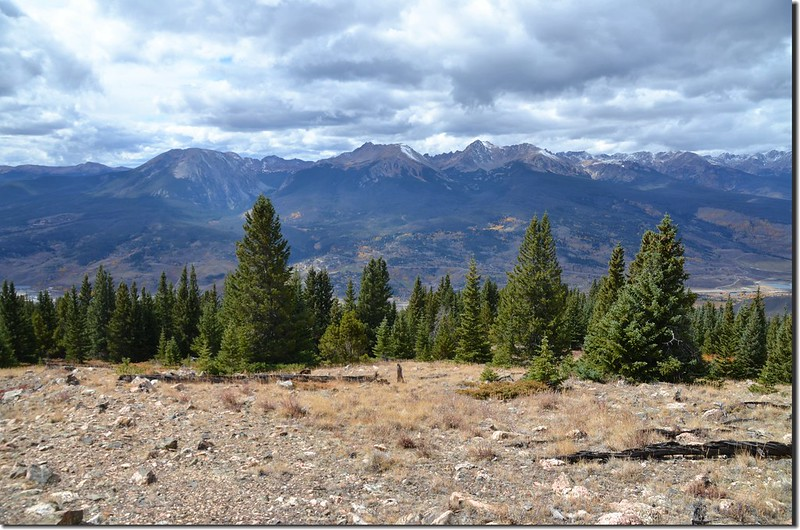Looking west at Gore Range from Ptarmigan Peak Trail near 11,650 ft (4)