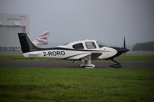 2-RORO Cirrus SR22T