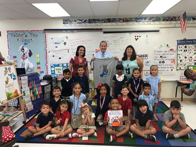 2018 Read for the Record at Manatee Bay Elementary