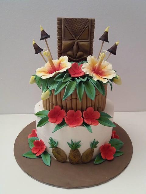 Cake by Tati's Cake Land