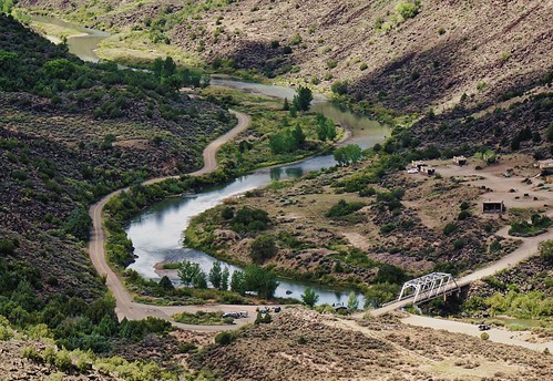 newmexico pilar riograndedelnorte riftvalleytrail orillaverde taoscrossingbridge riogrande canyon bridge river rio bday2018