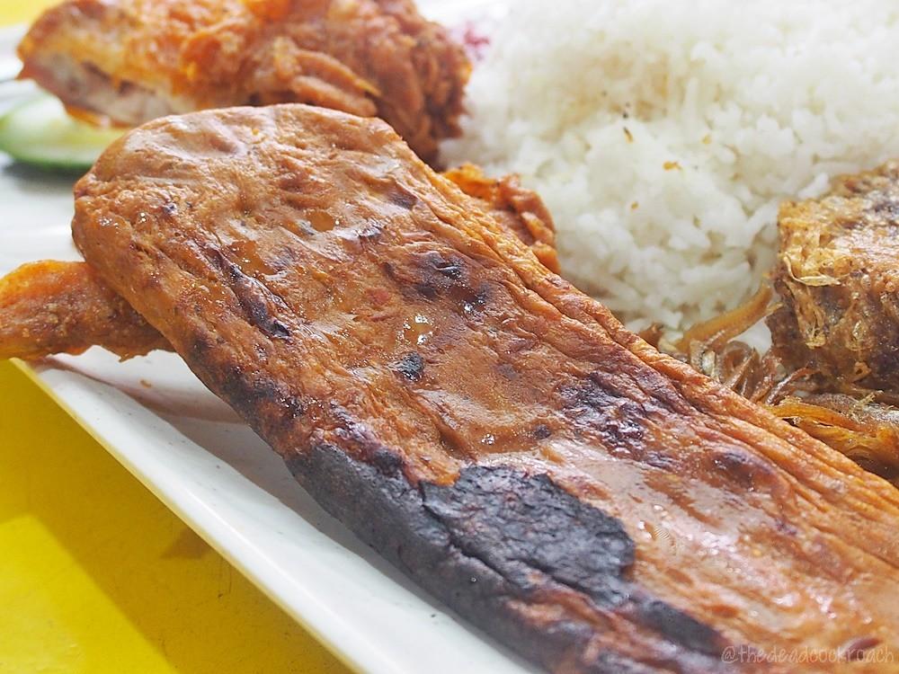 adam road food centre, bergedil, food, food review, fried chicken wing, ikan bilis, nasi lemak, otah, review, selera rasa nasi lemak, singapore, singapore botanic garden,begedil,halal,halal food,malay,malay food,muslim food,muslim