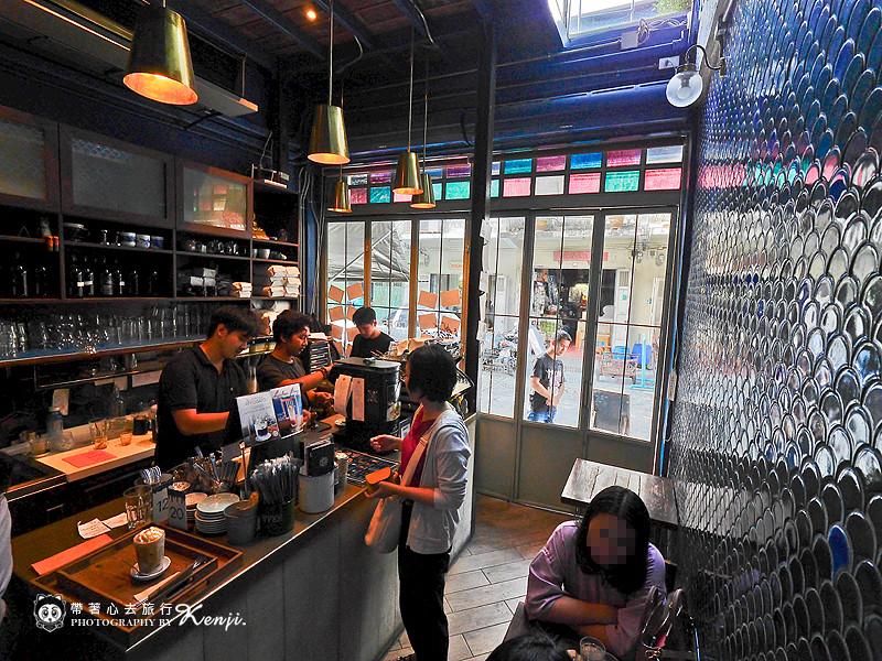 blue-cafe-7