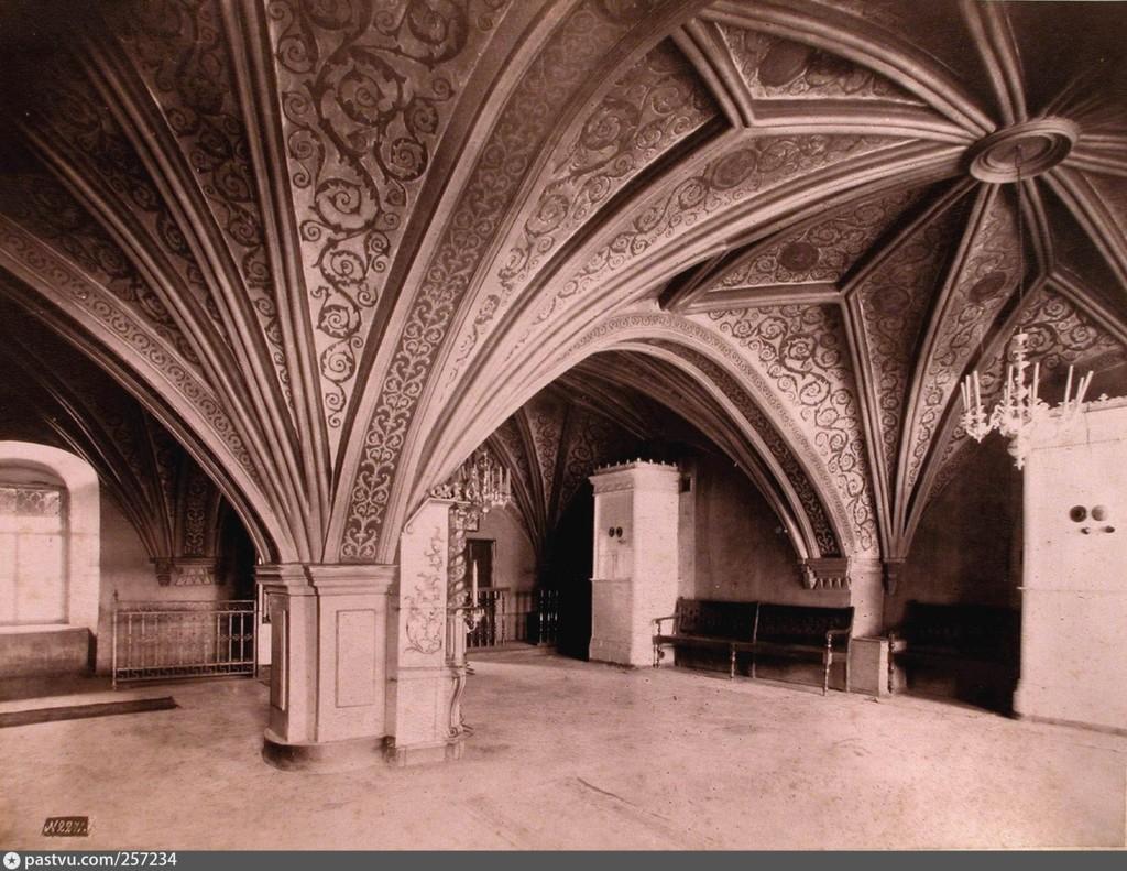 грановитая палата интерьер