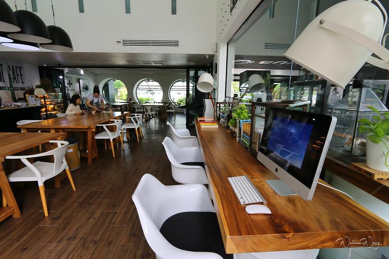Blu Monkey Hub and Hotel(藍猴樞紐酒店)