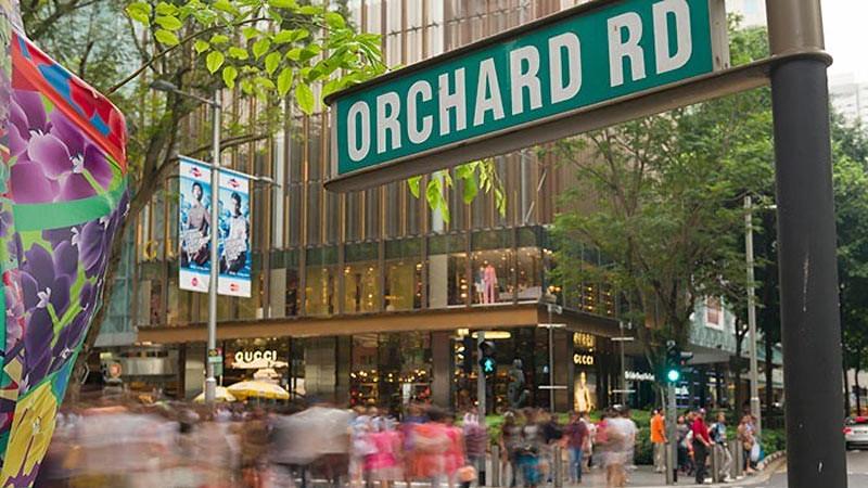 Orchard Road, salah satu destinasi wisata Singapura yang terkenal.