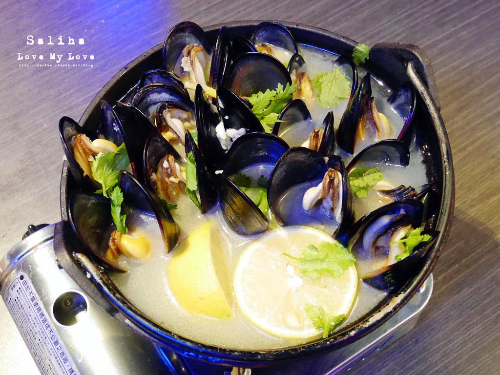 新北中和大份量好吃海鮮螃蟹火鍋餐廳推薦水貨炭火烤魚中和店 (2)