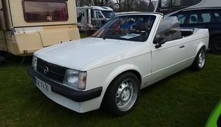Opel Kadett D Cabrio white 1979 vl