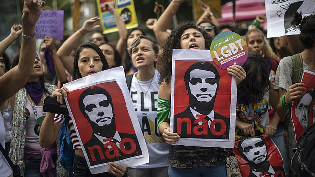 Demonstration against Jair Bolsonaro during election process in Rio de Janeiro - Créditos: AFP