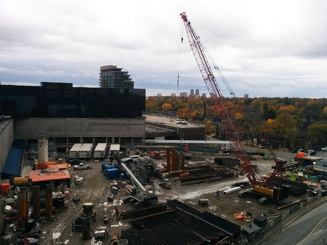 Looking down at Eglinton station, mid-construction #toronto #yongeandeglinton #eglintonstation #eglintoncrosstown #metrolinx #eglintonavenue #construction