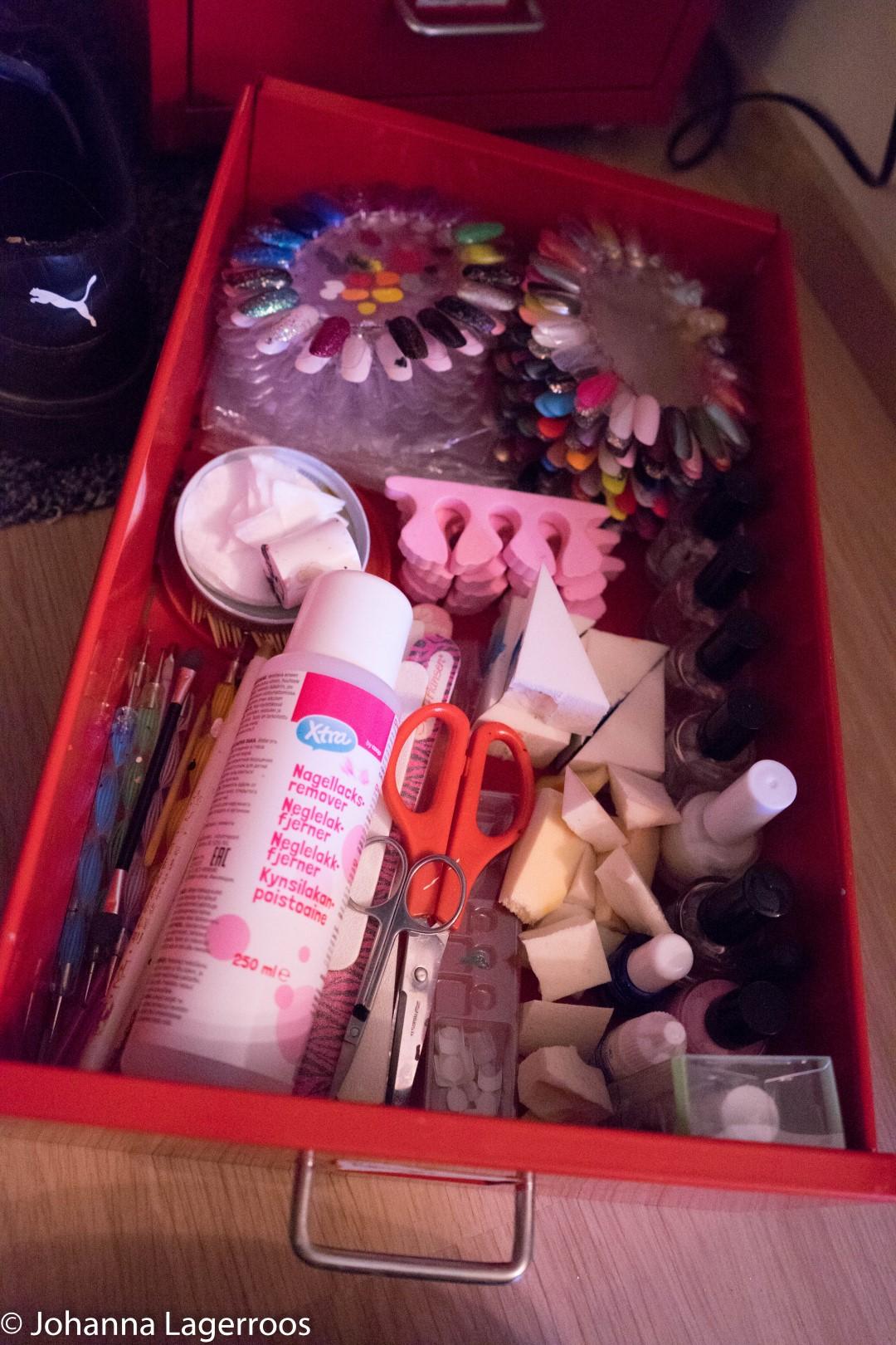 organized nail tools