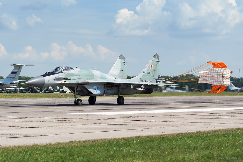 Mikoyan-Gurevich_MiG-29SMT_RF-92311_31blue_Russia-Airforce_093_D801331a