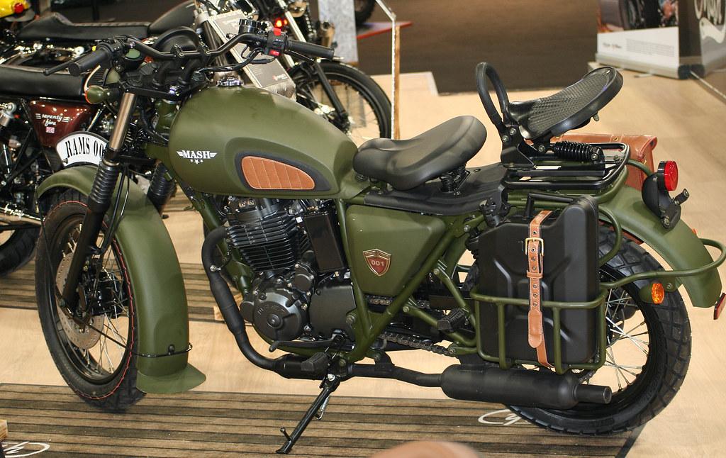 mash 400 force 2019 galerie moto motoplanete. Black Bedroom Furniture Sets. Home Design Ideas