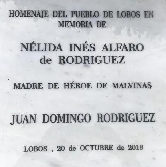 Homenaje a las Madres de soldados caídos en Malvinas
