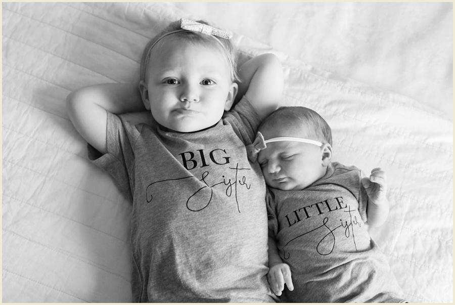 sienna-newborn-16-bw