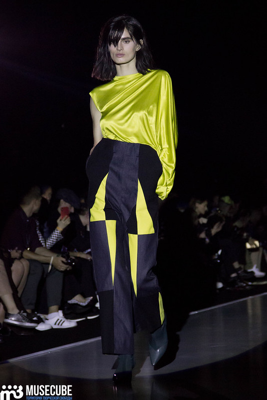 mercedes_benz_fashion_week_pirosmani_038