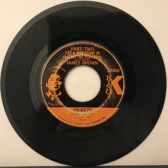 JAMES BROWN:PART TWO(LET A MAN COME IN AND DO THE POPCORN)(RECORD SIDE-A)