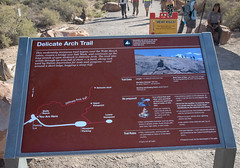Delicate Arch, trail sign