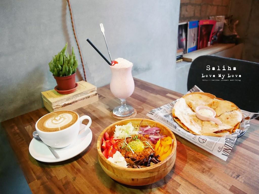 台北2J CAFE好吃餐點推薦韓式拌飯烤餅 (9)