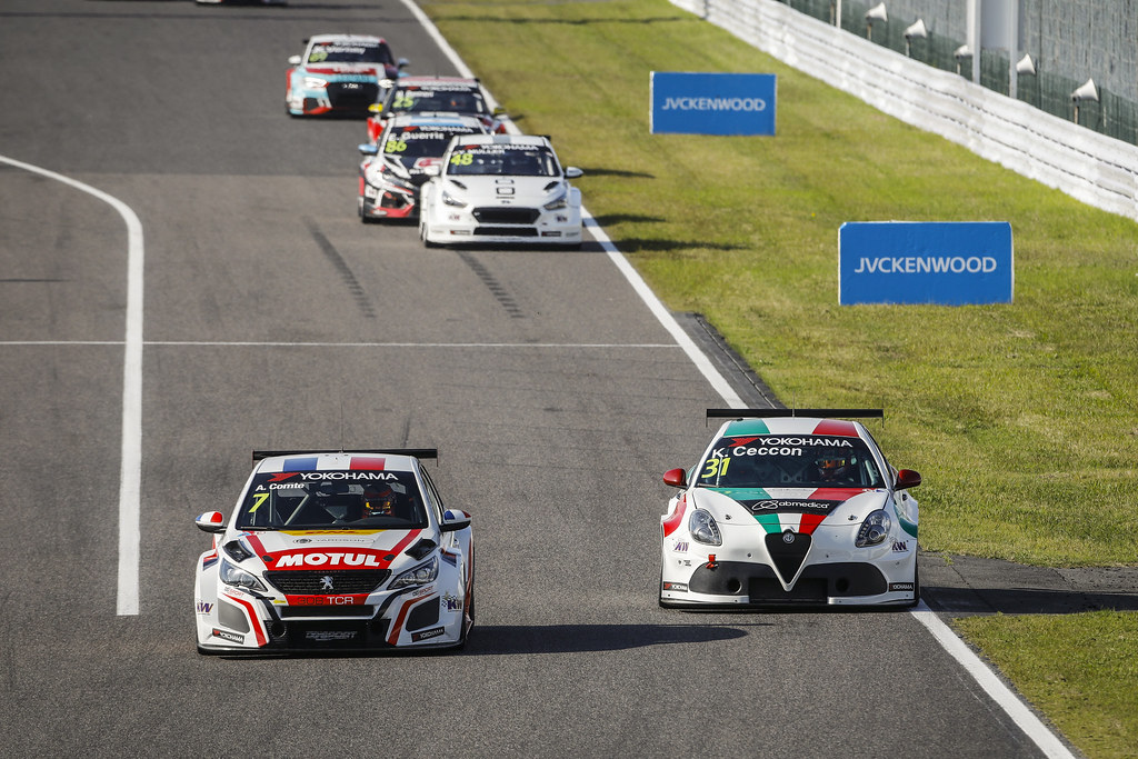 07 COMTE Aurelien, (fra), Peugeot 308 TCR team DG Sport Competition, action 31 CECCON Kevin (ITA), Alfa Romeo Giulietta TCR, Mulsanne Srl, action during the 2018 FIA WTCR World Touring Car cup of Japan, at Suzuka from october 26 to 28 - Photo Francois Flamand / DPPI
